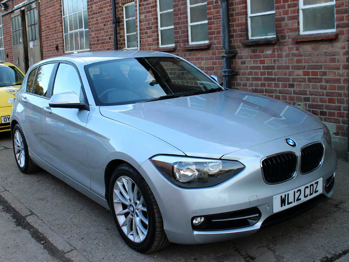 2012 BMW 118i Sport 5 Door Automatic Steptronic Silver Alloys 1 Owner 18,000 miles FBMWSH WL12CDZ